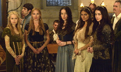 mary-ladies-in-waiting-dresses-reign-w724