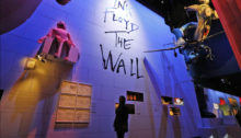 La mostra The Pink Floyd Exhibition: Their Mortal Remains a Roma